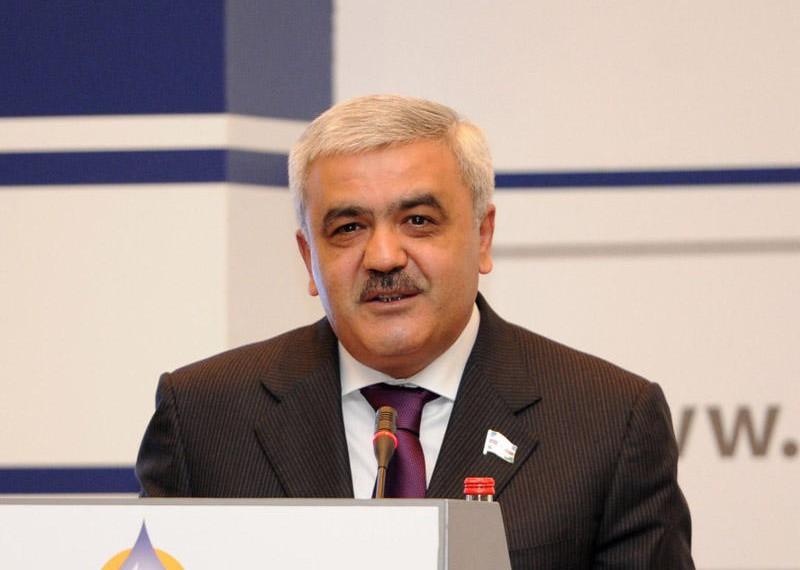 rovneq abdullayev affa prezidenti vezifesine namizedliyini ireli surub 156c5984bbf6d3 xebervar com e1457683598656