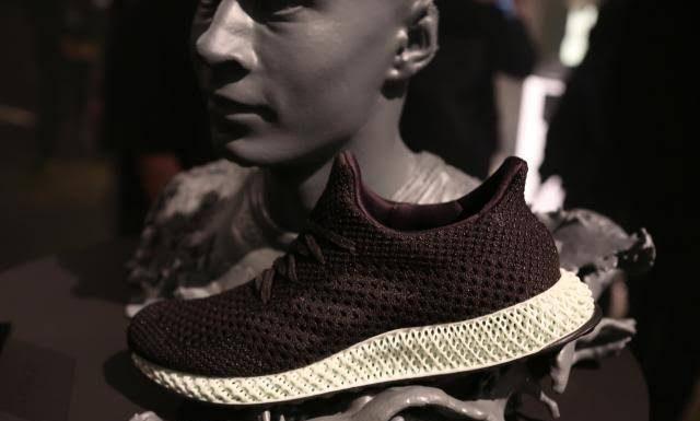 Adidas 3D-printerdə çap edilmiş idman ayaqqabıları satacaq