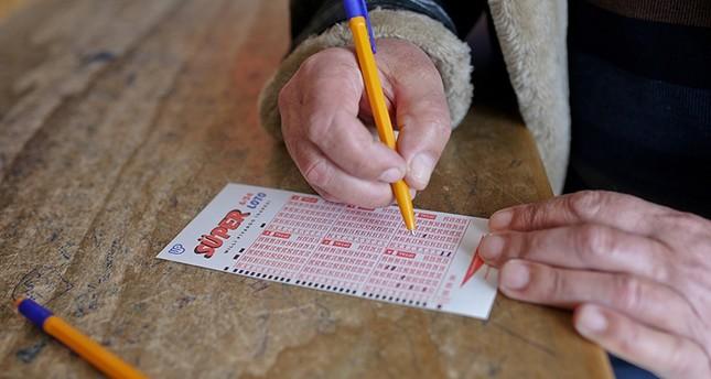 Türkiyə vətəndaşı lotereyada 11,4 milyon dollar udub