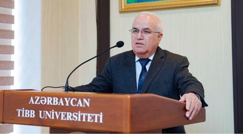 badulla Ağayev 1