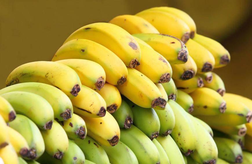 1 banana shutterstock