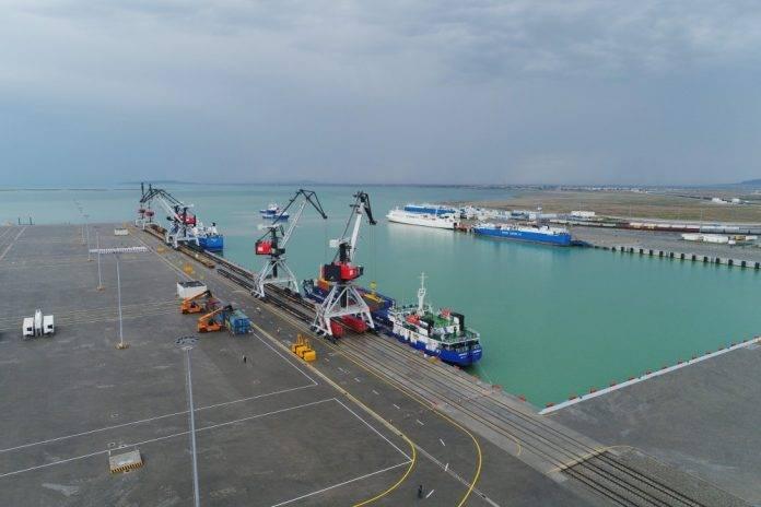 dəniz limanı 696x464 1