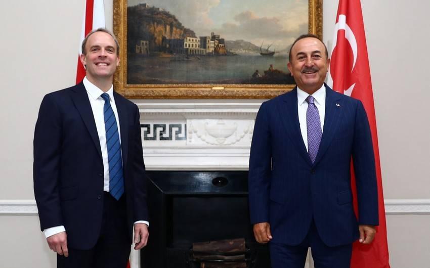 Dominik Raab və Mövlud Çavuşoğlu