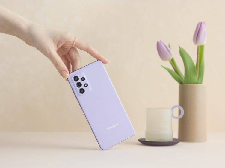 Galaxy A52 handson violet 751x563 1