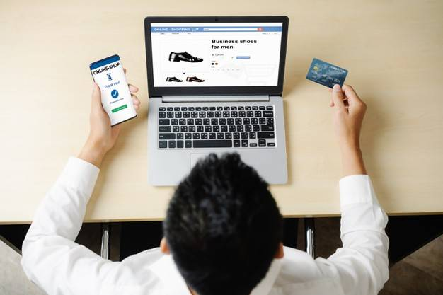 e commerce pay card shopping online