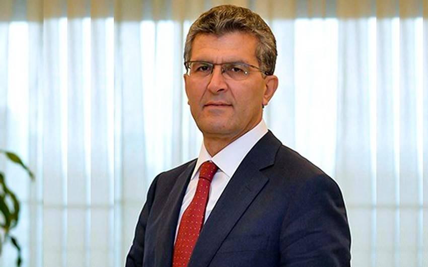 Vaqif Əliyev1